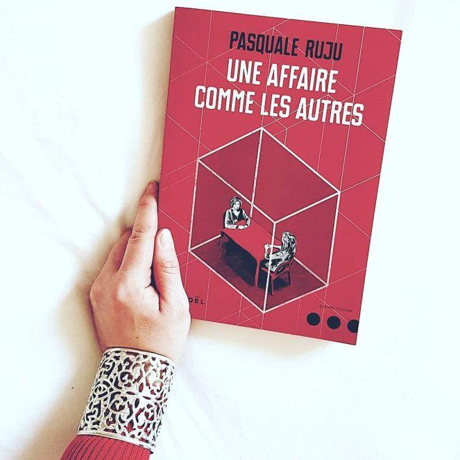 Une affaire comme les autres de Pasquale Ruju aux Editions Denoel Un roman au coeur de la mafia italienne et de ses histoires d'amour